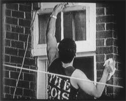 Nelson Henricks, Handy Man, 1999. Image tirée de la vidéo, avec l'aimable concours de l'artiste.